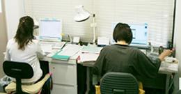 http://www.tax24.jp/img_staff01.jpg